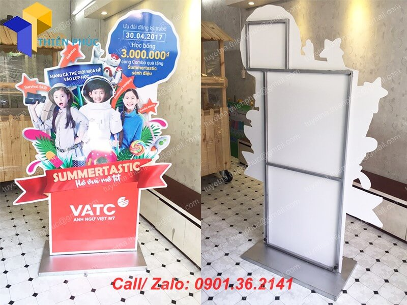 standee quang cao gia re