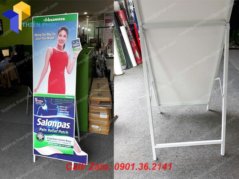 gia cong standee quang cao